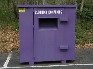 donate-clothes-4.s600x600